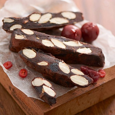 Torta Panforte Amarene e Peperoncino