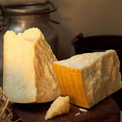 Vacche Rosse Parmigiano Reggiano D.O.P.