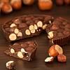 Cioccolato con nocciole